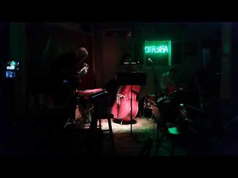 Jazz Dogz  at Sanchos