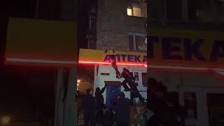 Як поліція калічить активістів, захищаючи протизаконні гральні зали