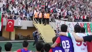 Video 165   Karşıyaka'dan Sultanbeyli Galibiyeti Sonrası Efsane 'Bir Baba Hindi' Bestei💪