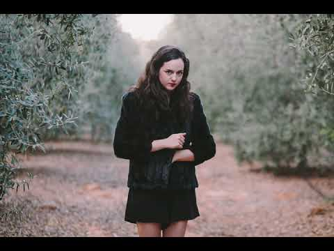 Anat Moshkovski - Happy As A Dog (Produced By Shuzin)
