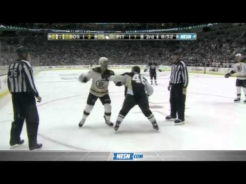 Gregory Campbell Fights Joe Vitale Much to Jack Edwards' Delight
