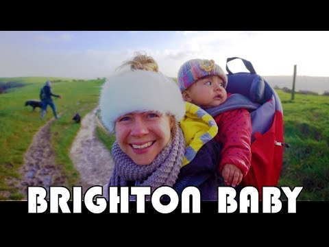 BRIGHTON, BABY, BACKPACK, BUDDIES & BAGPIPES? FAMILY DAILY VLOG