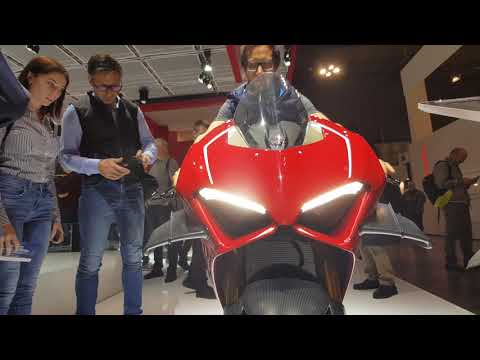 Beast mode on! 2019 Ducati Panigale V4R WSBK homologation special - quick walkaround @ EICMA 2018 Mp3
