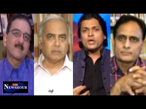 #HINDIstand - 'Diktat' Or 'Guideline'? The Newshour Debate (24th April)