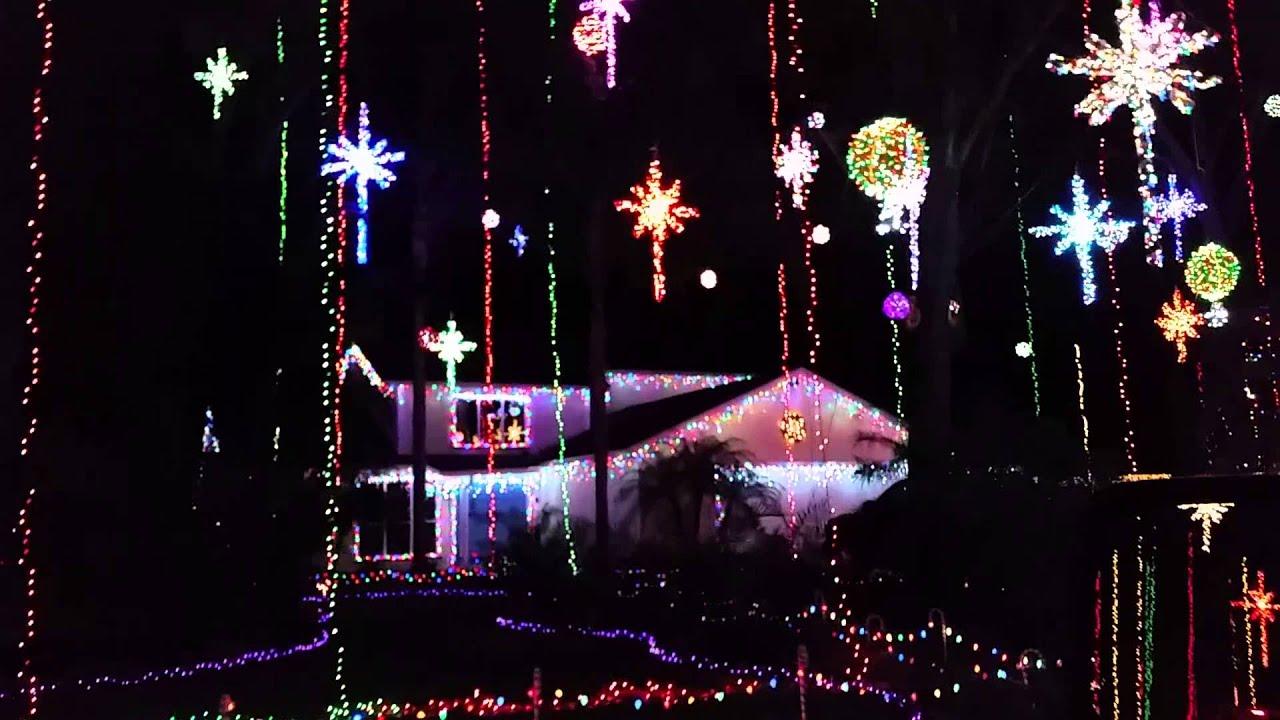 Girvin Road Christmas lights - YouTube