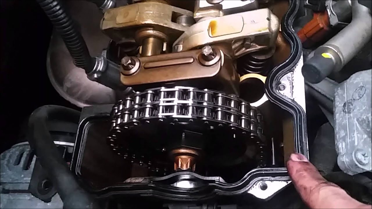Mercedes Benz CLK 430 2003 Valve Cover Gasket Replacement - YouTube