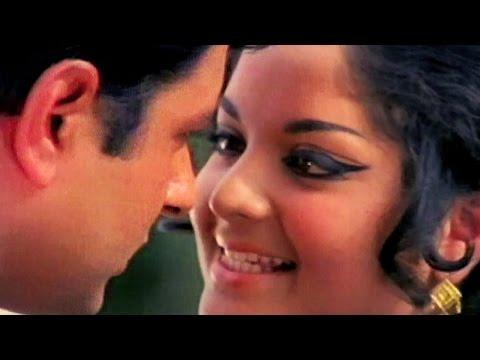 Is Dharti Iss Khule Gagan - Mohammad Rafi, Asha Bhosle | Ganga Tera Pani Amrit | Romantic Song
