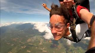 Skydiving @ The Reef Thumbnail