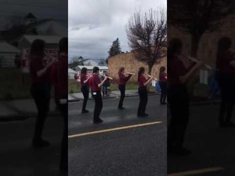 Sumner middle school Daffodil Parade Sumner 2017