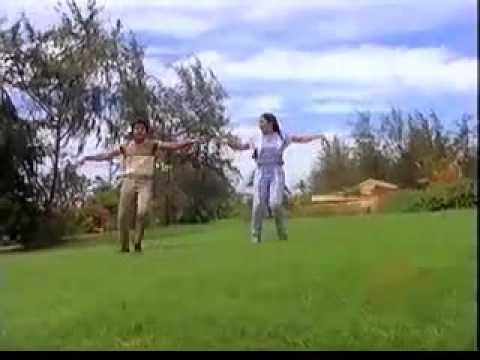Muthaduthe Muthaduthe Ragam Nallavanukku Nallavan.mp4
