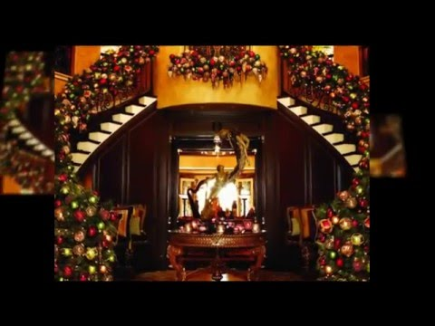 Robin McGraw: Christmas in My Home and Heart - YouTube