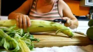 What's inside an Armenian Cucumber