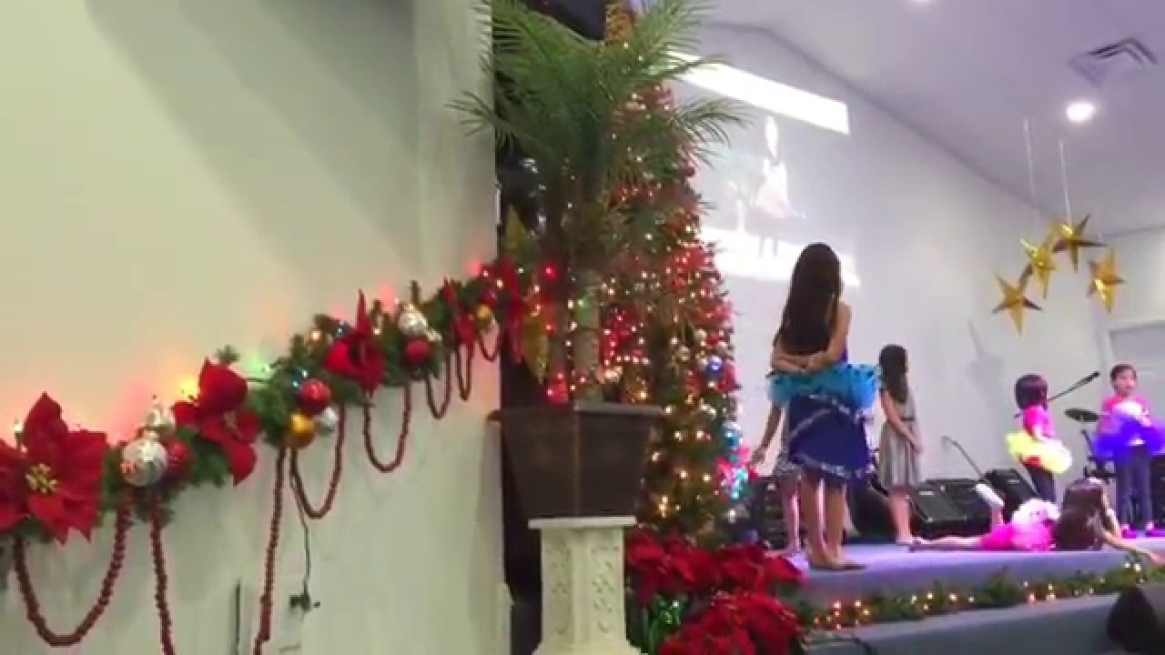 CHURCH CHRISTMAS HOLIDAY DECORATIONS - YouTube