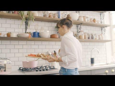 Deliciously Ella | Vegan Lentil Bolognese