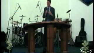 Pr. Alessandro Alvarenga - Abertura do 10º Congresso da Família INV É de Deus