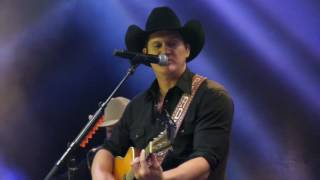 "Jon Pardi - ""Head Over Boots"" - Joes Live - Rosemont, IL"