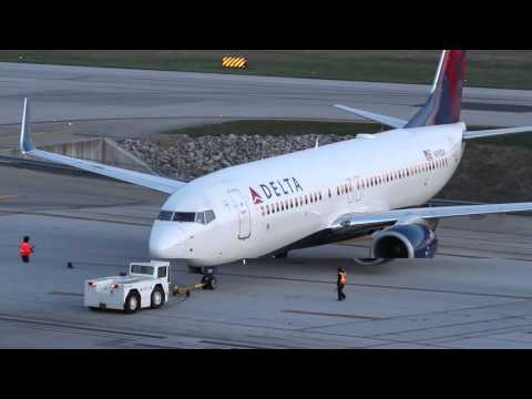 Plane Spotting - Port Columbus Intl Airport - Columbus Ohio