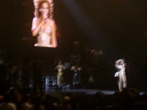 Beyoncé se emociona - I Am... Tour (Live in Chile) Videos De Viajes
