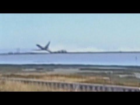 Revealed footage: Asiana Boeing 777 crashes at San Francisco Intl runway