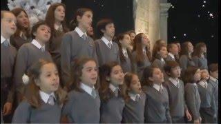 Pequenos Cantores do Conservatório de Lisboa - Presente de Natal (VIDEOCLIP OFICIAL).mov