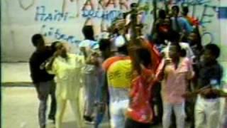 ViVa Ayiti - Mario De Volcy