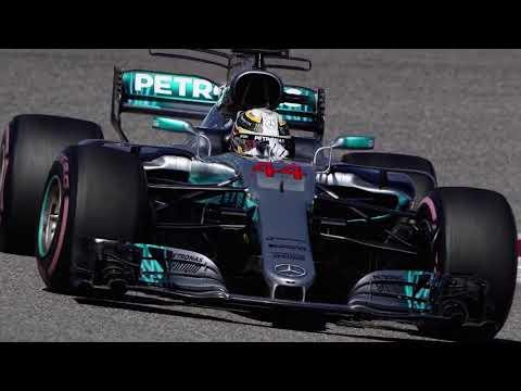 Lewis Hamilton closes in pm 4th world title