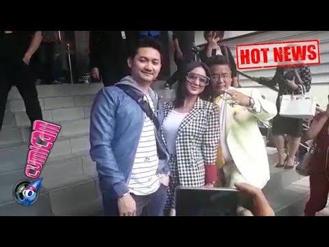 Hot News! Dewi Perssik Resmi Lapor Keponakannya ke Polda Metro Jaya - Cumicam 05 November 2018