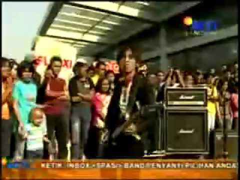 Live perform Wali - Emang Dasar (Courtessy SCTV-Inbox).flv