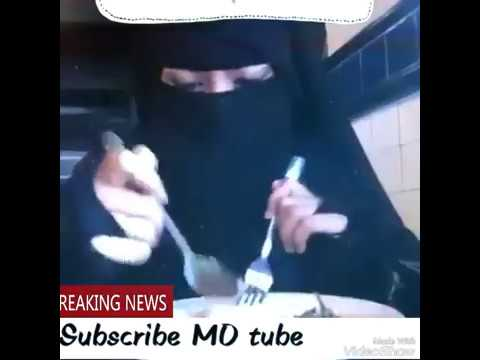 How to eat when you are in hijab..