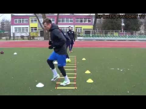 Sports Factory • Individual football training • Quick feet (HD)