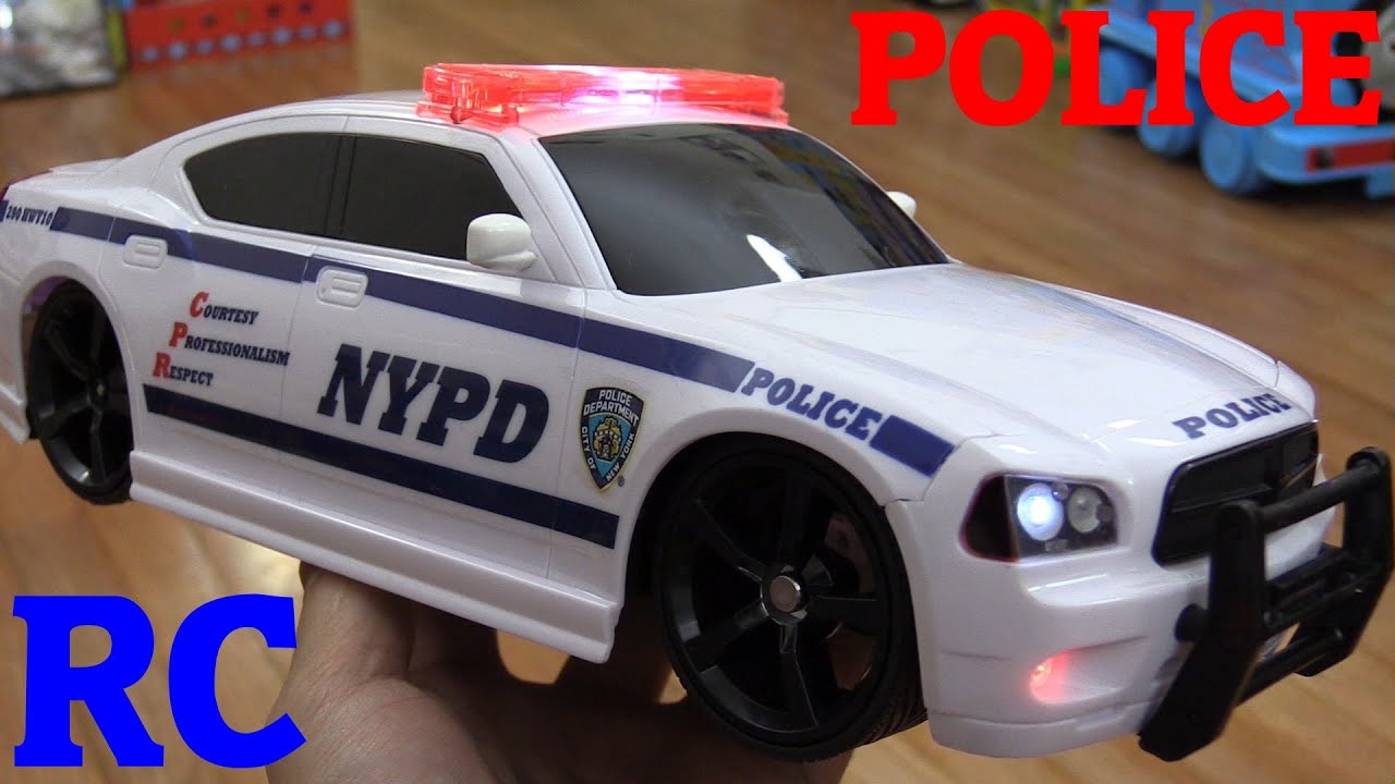 Rc toys an rc police toy car nypd unboxing and playtime for Bureau cars toys r us