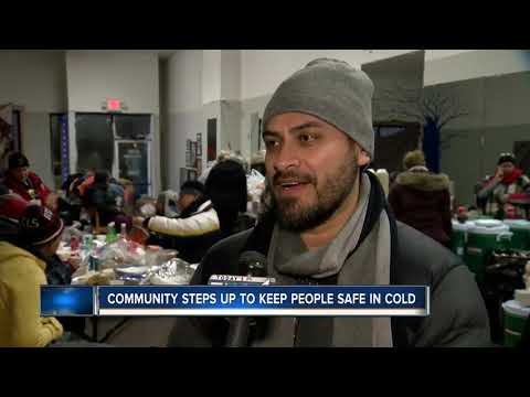 Community opens impromptu shelters for homeless in brutal cold Mp3