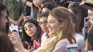 Blake Lively giving some love to fans on the red carpet of A simple favour premiere in London