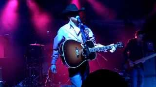 Cody Johnson Band - I Think I'll Just Stay Here and Drink