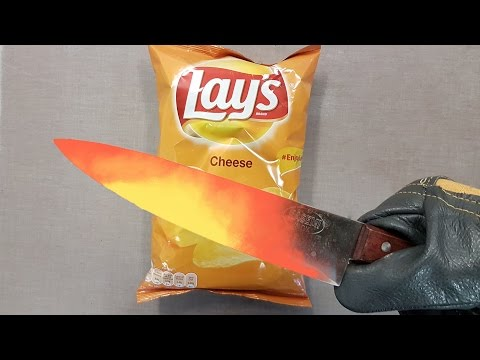 EXPERIMENT Glowing 1000 degree KNIFE VS LAYS CHIPS