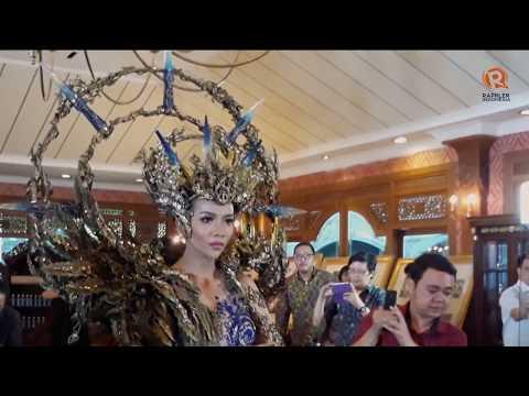 Koleksi busana Dea Rizkita di 'Miss Grand International 2017'