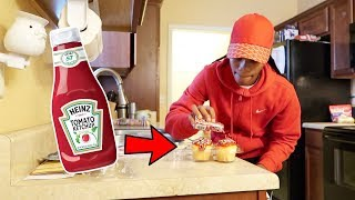 KETCHUP ON CUPCAKES PRANK!!!