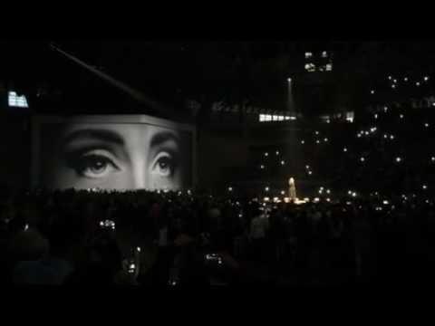Adele: Hello, intro Barcelona