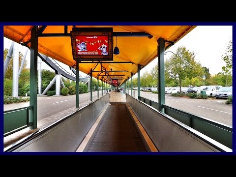 Walk from parking lot to entrance during Halloween | Europa-Park