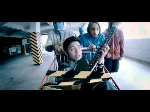 HiVi! - Curi-Curi (Official Music Video) HD