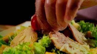 Мастер-класс приготовления салата Цезарь