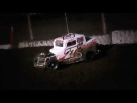 Dwarf Car Crash @ Ocean Speedway 8/26/16