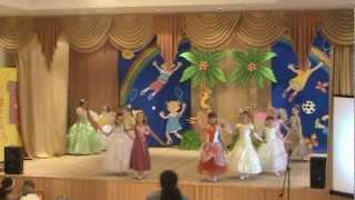 Детский танец менуэт.MPG