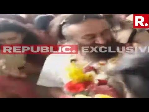 Republic TV Accesses Visuals Of Sri Sri Ravi Shankar Following Ayodhya Mediation Being Resumed