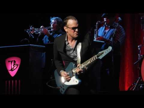Mountain Climbing - Joe Bonamassa - Chicago Theather - March 11, 2017