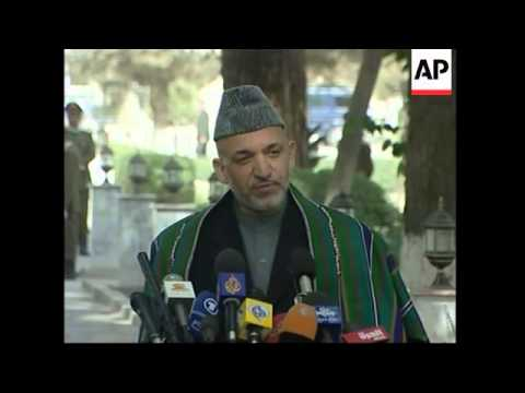 Schroeder praises elections, meets Karzai