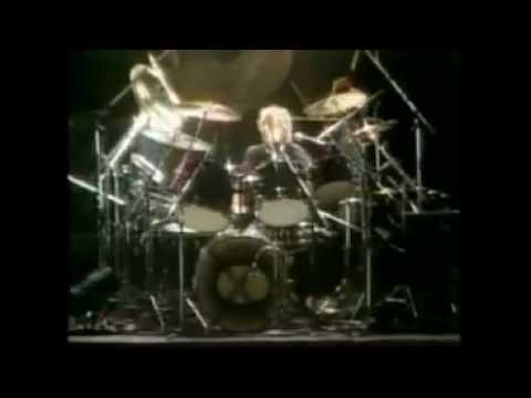 Queen  I'm In Love With My Car (Official Music Video 1975)