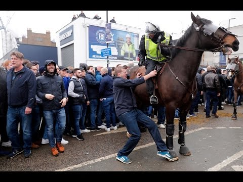 Thumbnail: Tottenham - Millwall Cortege and trouble before the game