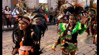 Tradicional desfile de Concheros. Fiestas de la Santa Cruz, Querétaro (13 de Septiembre 2018)