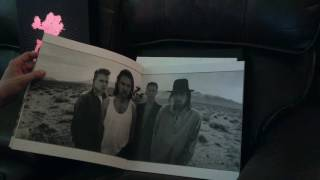 U2 Joshua Tree Super Deluxe Edition Unboxing 30th Anniversary